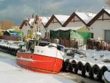 port rybacki w okowach lodu