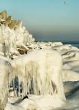 lód na falochronach w Kołobrzegu
